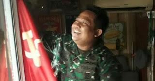Kodim Jakarta Selatan Copot Bendera Palu Arit yang Terpasang di Sebuah Kafe