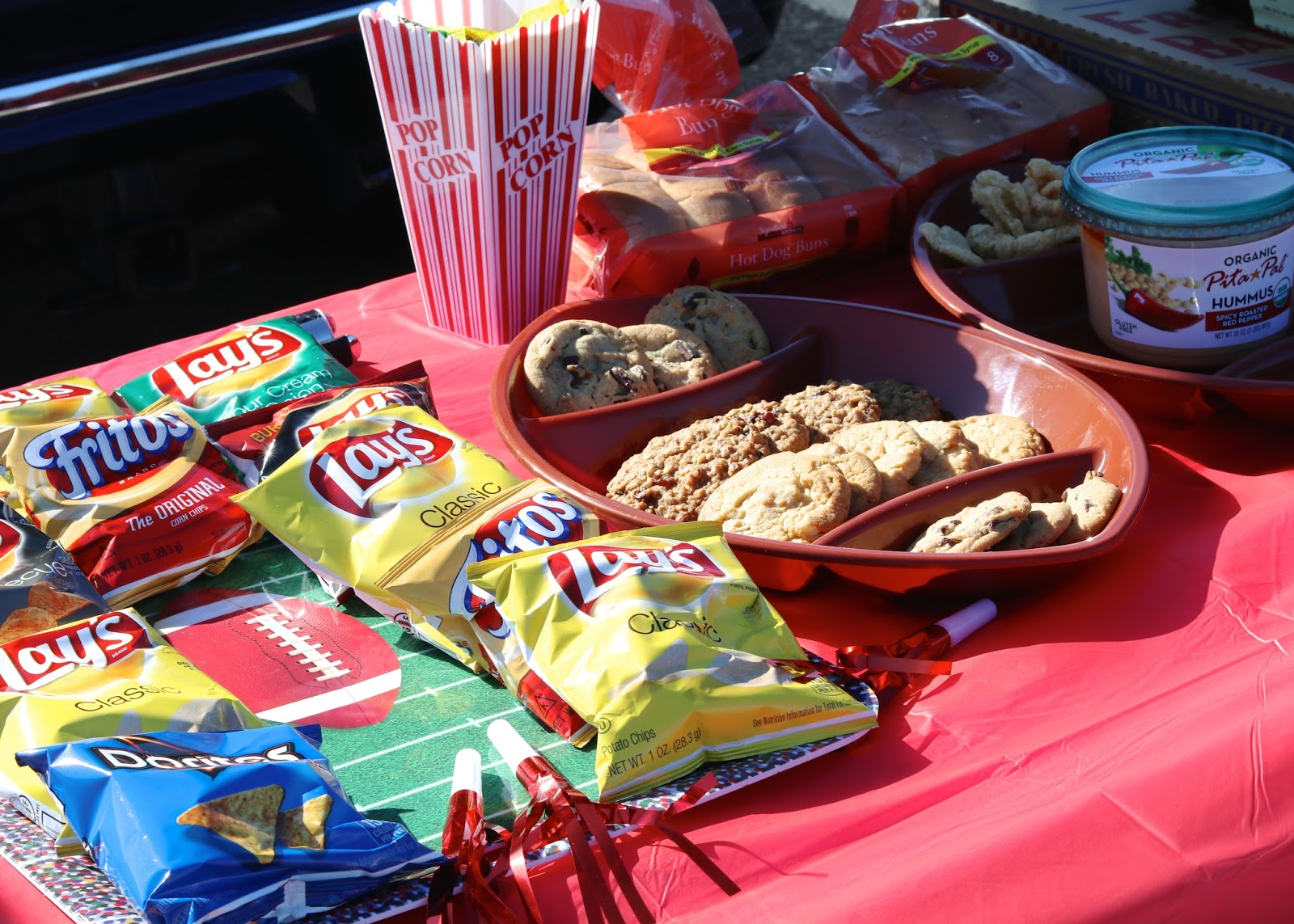 Tailgate foods, football themed party, what to bring to a tailgate party