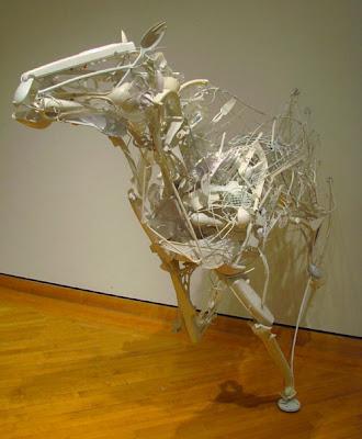 Esculturas de caballo de Sayaka Ganz