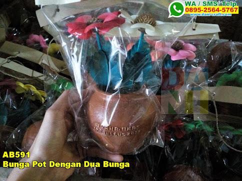 Grosir Bunga Pot Dengan Dua Bunga