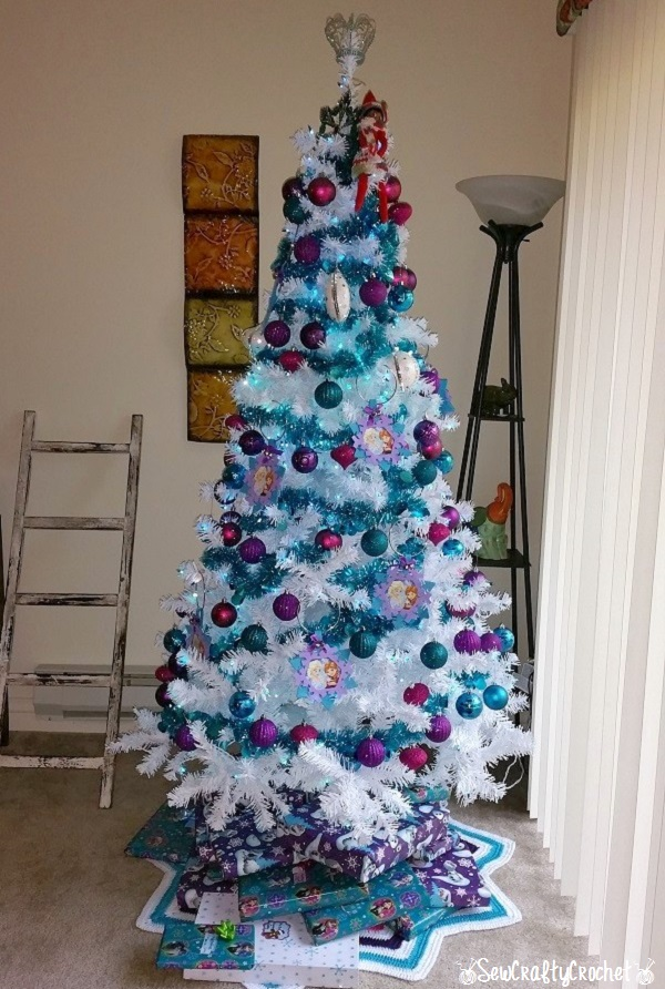 Frozen Inspired Christmas Tree Wrapping Up The Holidays Link