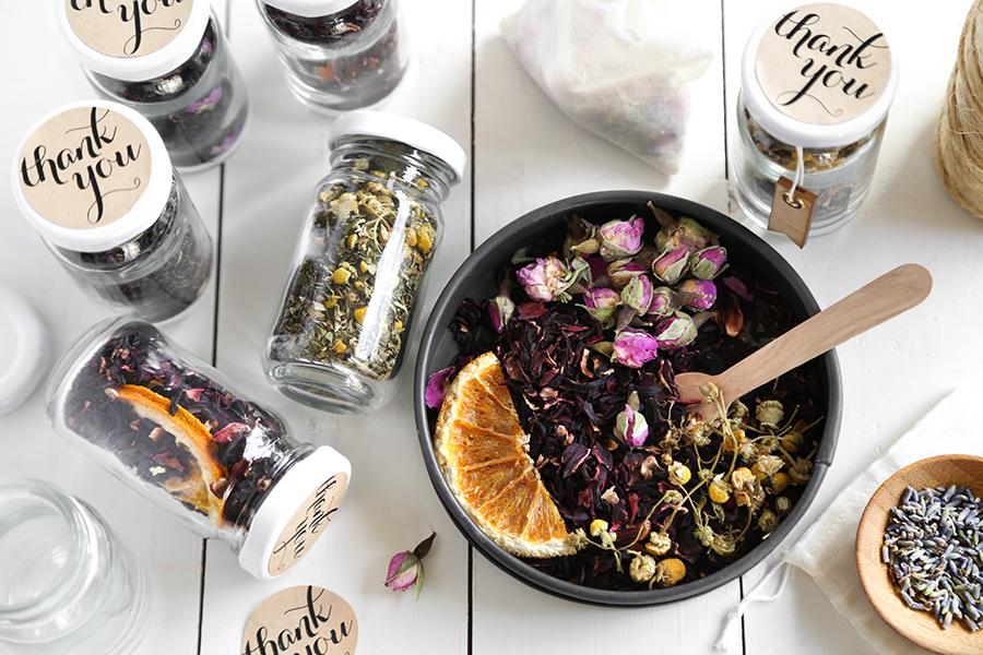 DIY Custom Wedding Tea Favors For The Etsy Blog