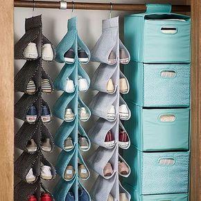 Quem nunca teve dificuldades para guardar seus sapatos de forma organizada e acessível...