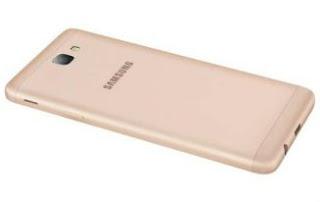 64GB स्टोरेज वाला Samsung का यह धाकड़ फोन हुआ बहुत सस्ता,जल्दी पढ़े नहीं तो पछताएंगे