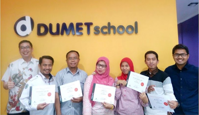 Pakar Digital Marketing Terbaik Dumet School
