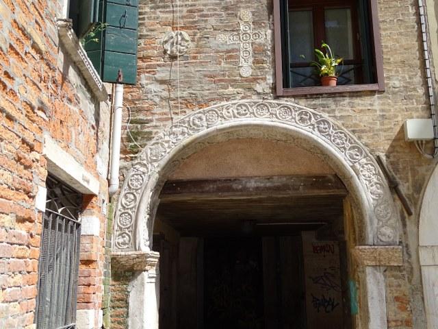 arco veneciano bizantino siglo XI XII