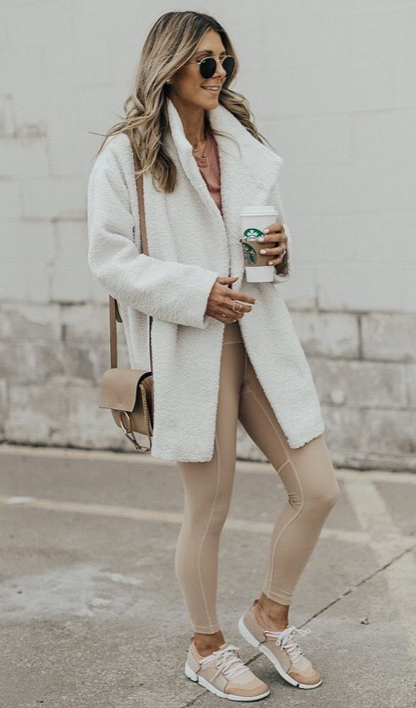 pastel outfit idea to copy right now_coat + bag + leggings + top + sneakers