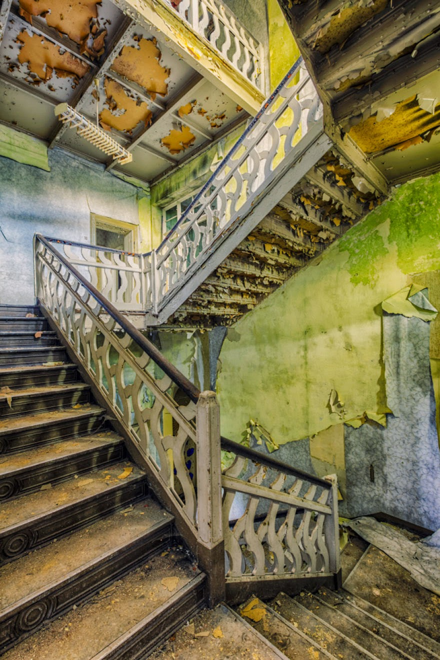 stubište - Fotografije stepenica u napuštenim zgradama