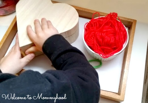 Valentine's Day Activities: Montessori inspired shelves {Welcome to Mommyhood} #montessori, #Valentine'sDayShelves