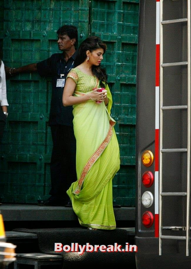 , Jacqueline Fernandez Papparazi pics in Saree from Jewellery Shoot