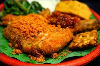Resep Ayam Goreng Surabaya Spesial yang Renyah dan Gurih