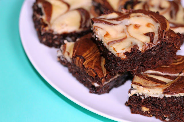 Cheesecake Swirl Brownies - The Northernist