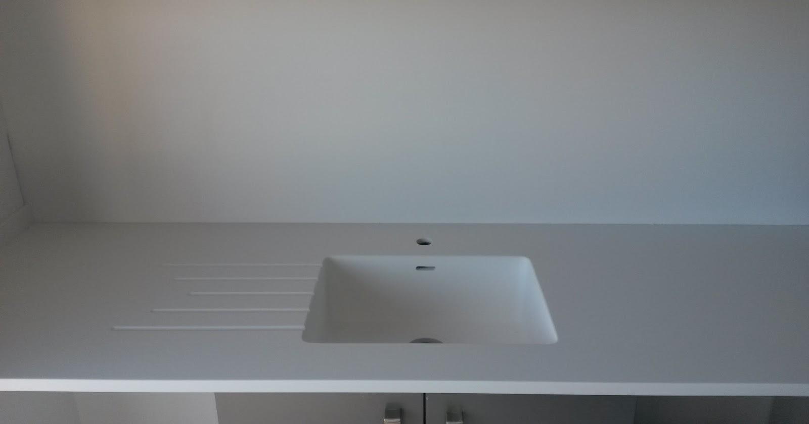 Marbres valls taulell s lid surfaces amb pica integrada - Pica silestone ...