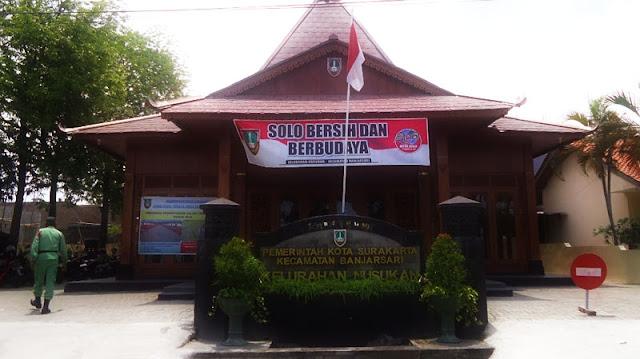 Foto Kantor Kelurahan Nusukan, Solo