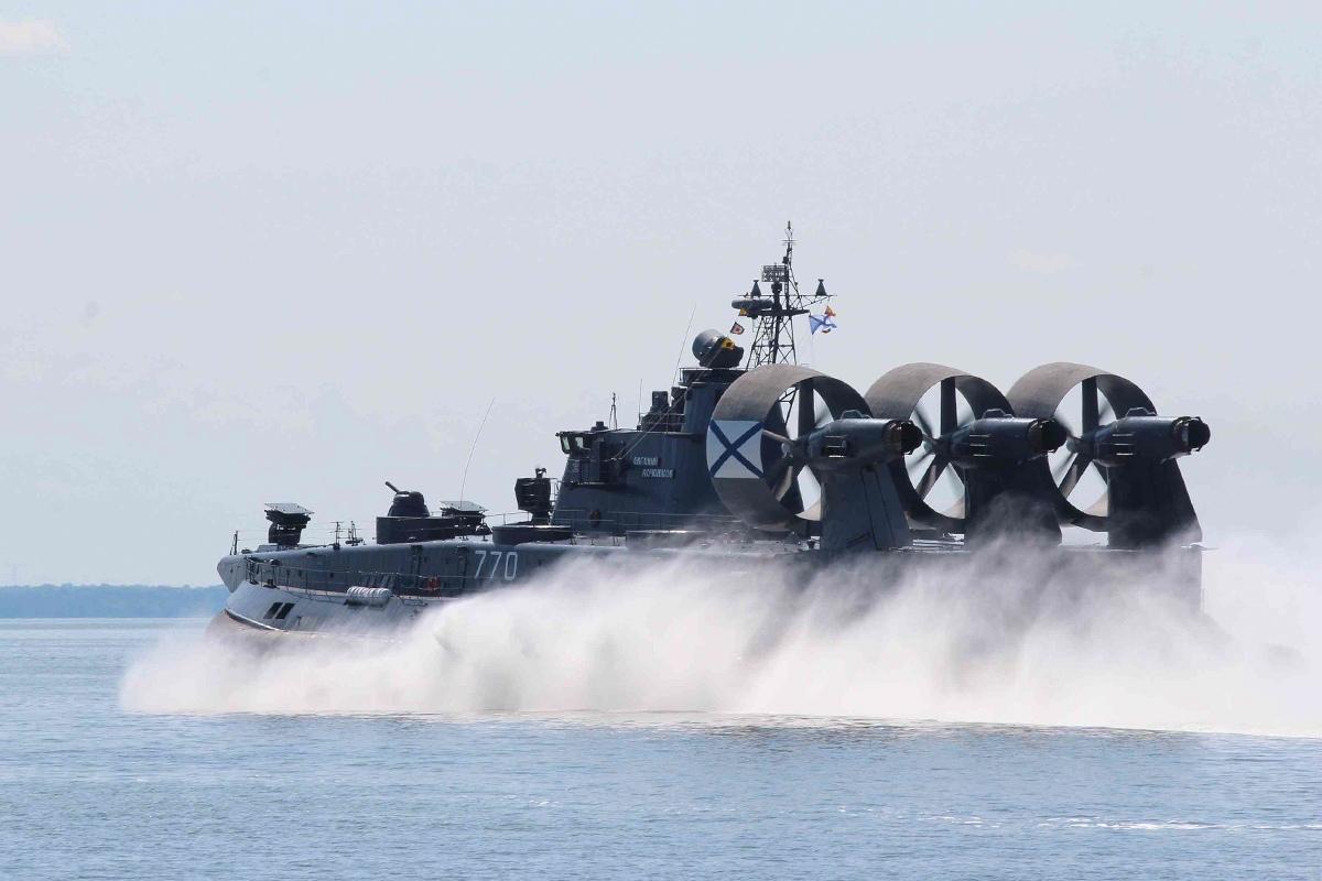 Репетиция военно-морского парада ко Дню ВМФ в Балтийске