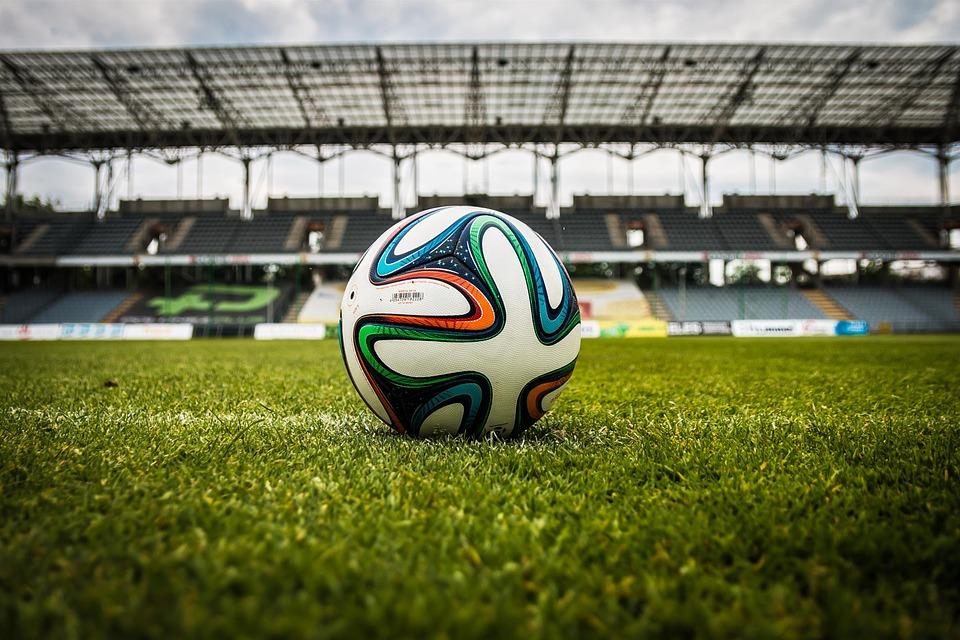 فوائد ممارسة رياضة كرة القدم