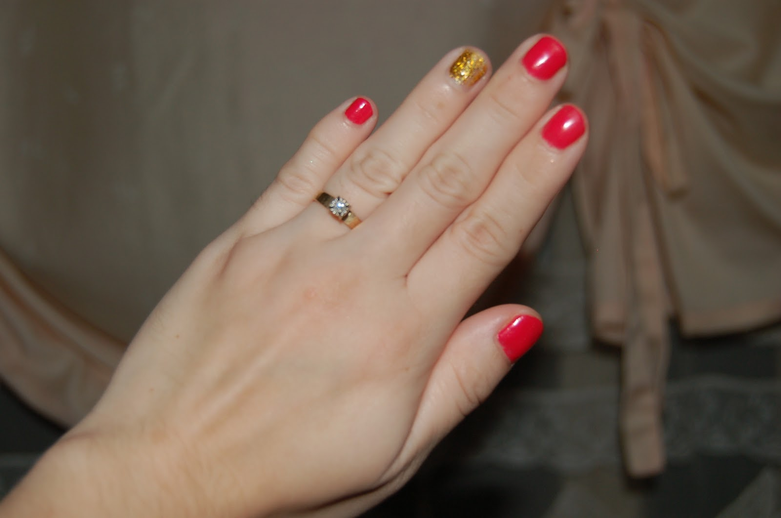 The Faysian Gold Glitter And Hot Pink Nails