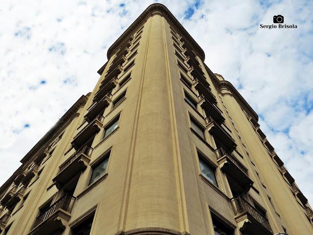 Perspectiva inferior do Edifício Savoy - Bela Vista - São Paulo