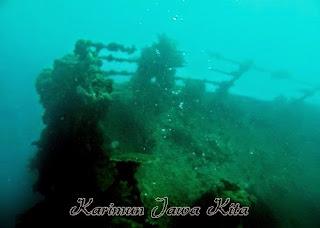 Keindahan wisata kapal karam di Karimun jawa