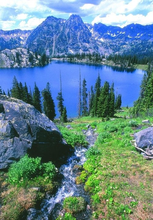 Blue Lake, Steamboat Springs, Colorado, USA
