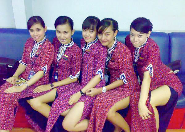 foto sexy pramugari lion air yang hot hot