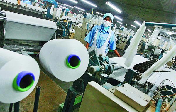 Lowongan Kerja PT Lucky Print Abadi Mei 2017