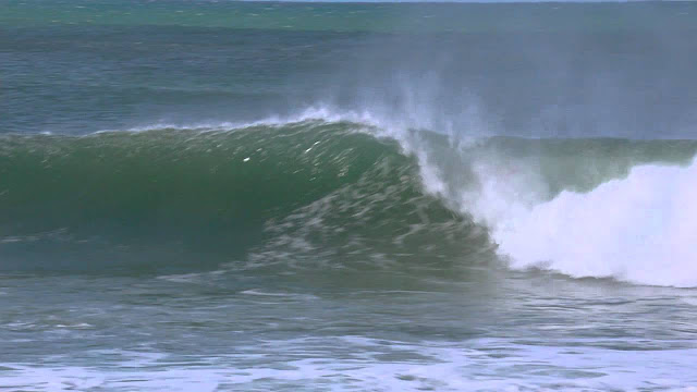 Highlights Supertubes Delivers Goofyfooters Take Advantage