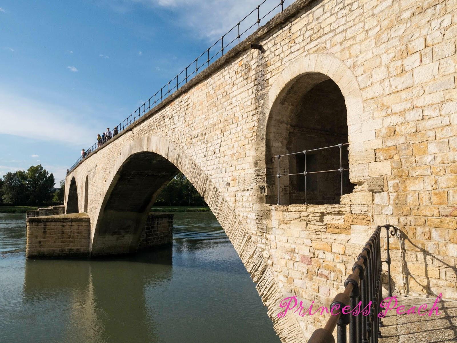 聖貝內澤橋-Le-Pont-Saint-Benezet