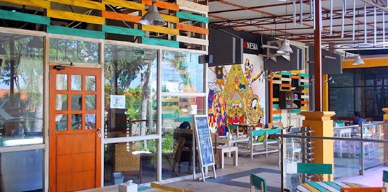 Daftar Alamat Dan Nomor Telepon Kafe Di Surabaya