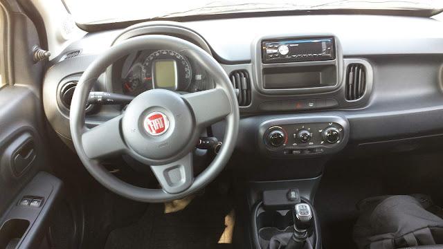 Fiat Mobi 2017 Prata - teste de longa duração