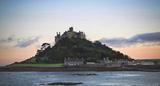http://www.stmichaelsmount.co.uk/history-legends/history-of-the-mount