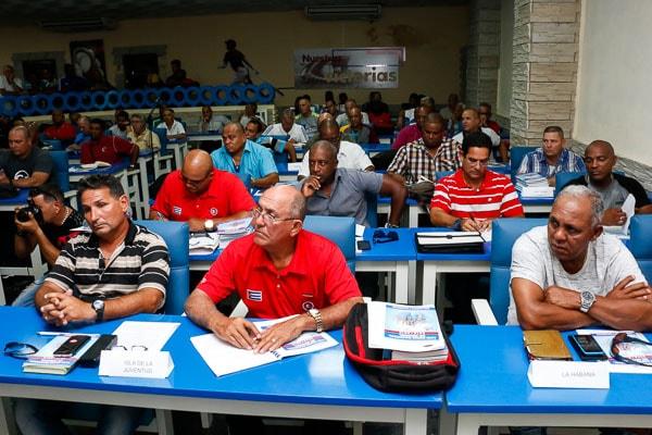 En la reunión se ratificó el cambio ya difundido para la segunda fase: los elencos clasificados solo arrastran los resultados entre ellos