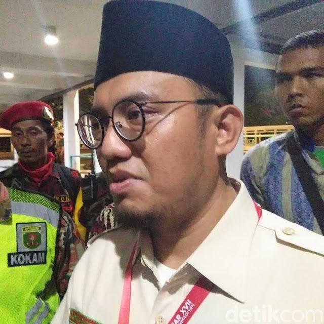 Kasus Dana Kemah, Dahnil: Hadiri Acara, Jokowi Tidak Boleh Diam