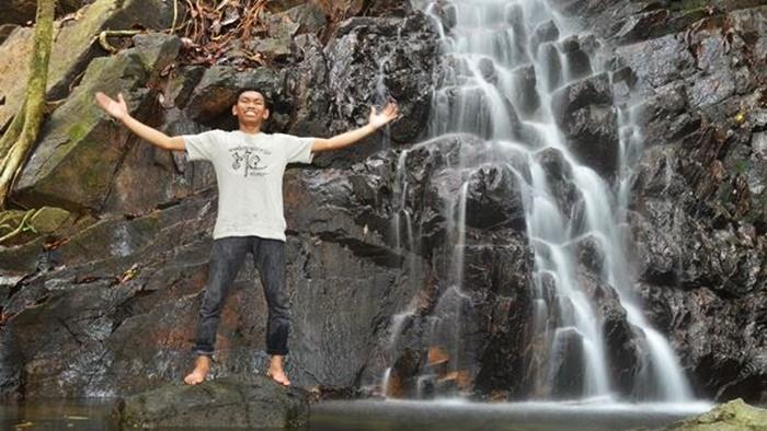 Rizky Bintan Tour Travel Air Terjun Gunung Bintan