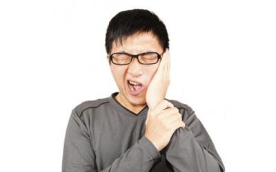 Sakit gigi dan ngilu penyebabnya mungkin karena gigi retak