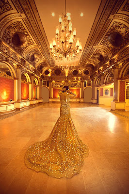 Erum-Khan-nawabzaadi-new-design-bridal-dresses-2017-collection-15