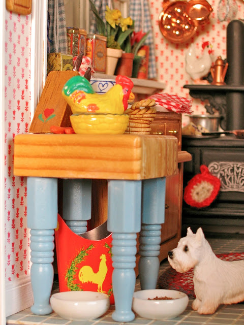 doll house kitchen