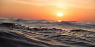 Tramonto d'agosto con mare
