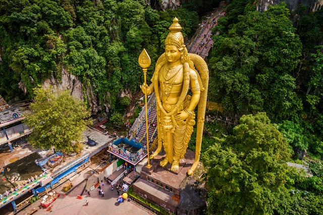 Batu Cave Temple and Lord Murugan Statue