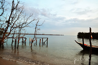 Jeti kecil Pantai Bagan Lalang Sepang