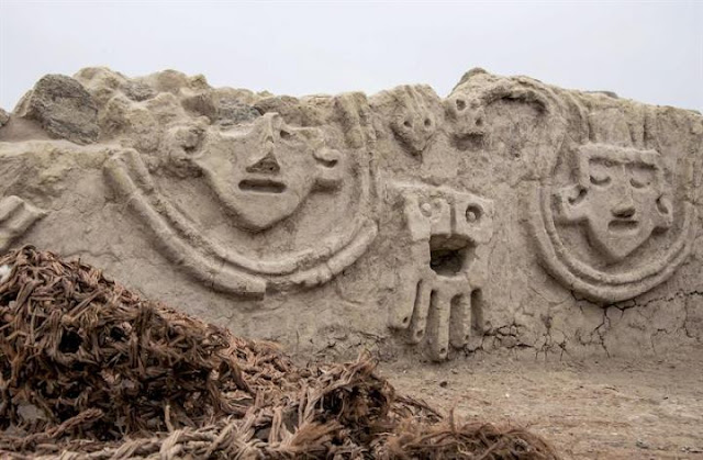 3,800-year-old wall relief unearthed in Peru