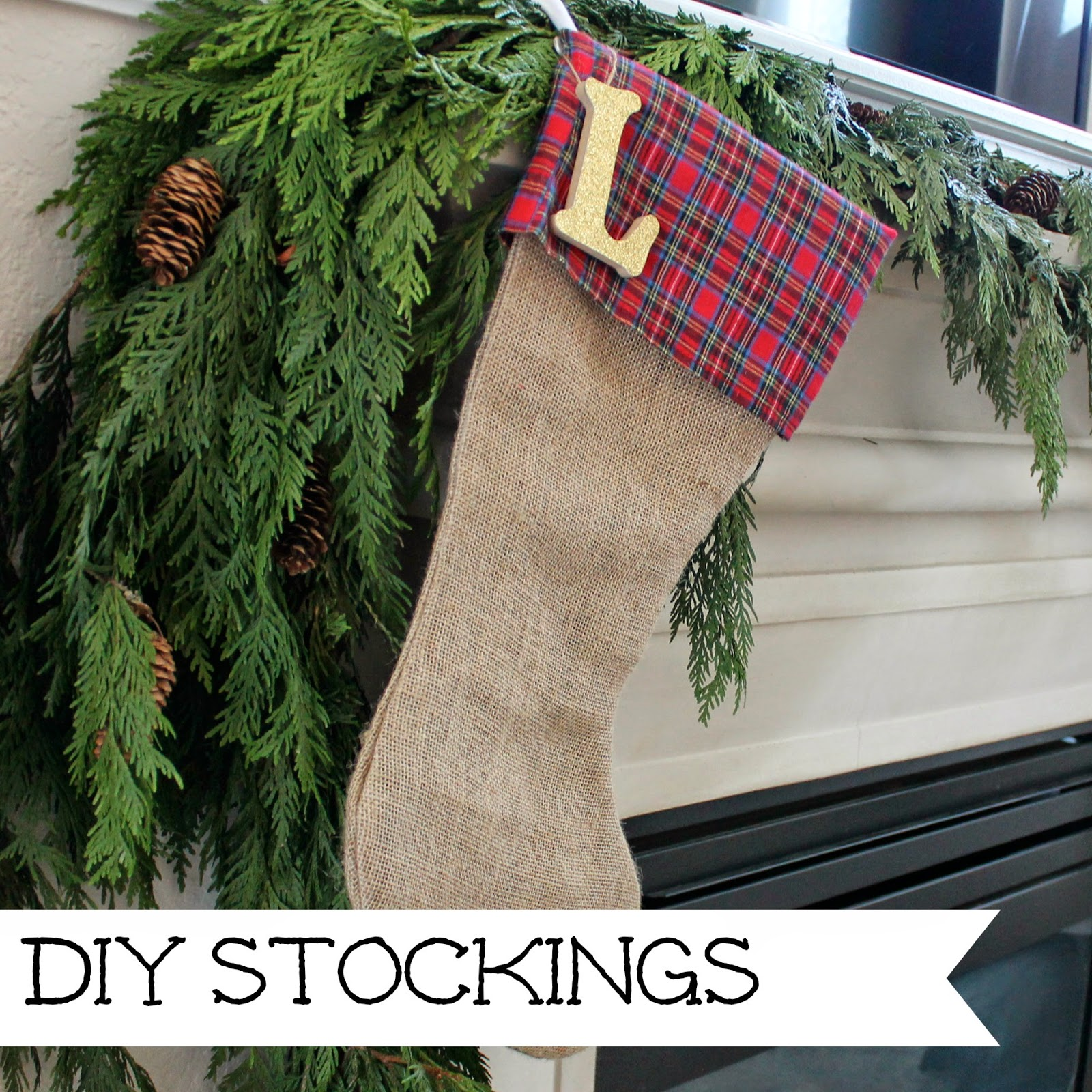 http://wonderfullymadebyleslie.blogspot.com/2013/12/our-christmas-stockings.html