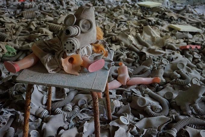 Tshernobylin kokemuksia, ydinvoimalaonnettomuus / autiot talot ja hylätyt paikat Pripyatissa, päiväretki Kiovasta / Chernobylwel.come