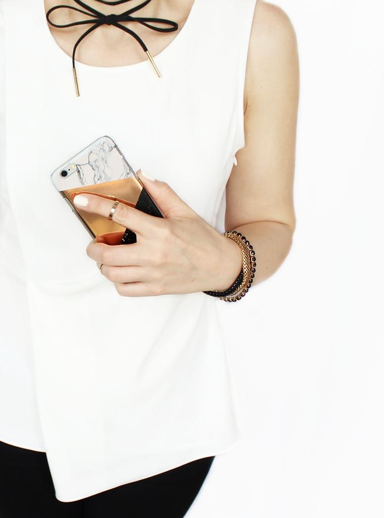 Nowości w mojej garderobie i nie tylko - biała bluzka o asymetrycznym kroju Zara + marmurowy case iPhone 6S Bershka