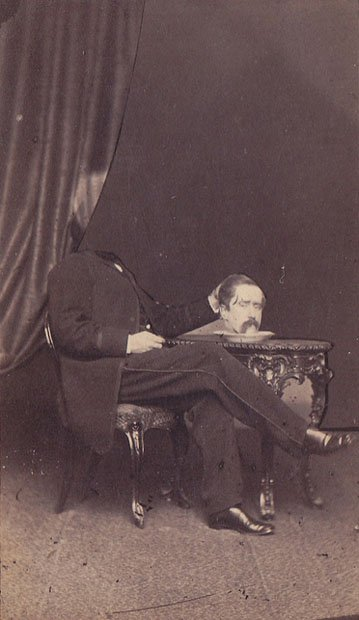 Los curiosos retratos de gente sin cabeza del siglo XIX