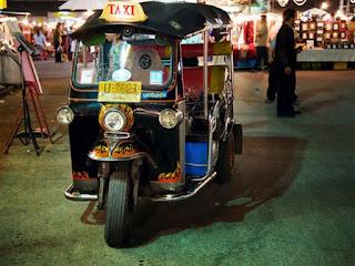 ΔΕΙΤΕ τα πιο ασυνήθιστα ταξί σε ολόκληρο τον κόσμο... [photos]