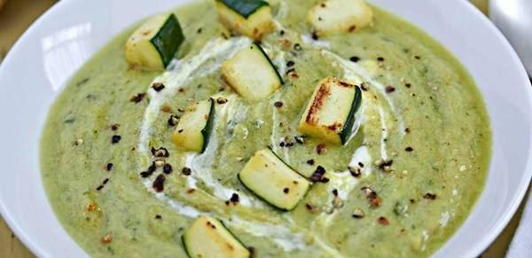 Zuppe Zucchine Aromatiche Con Zenzero E Menta