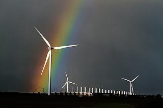 aerogeneradores produciendo energia