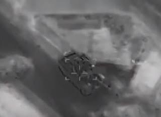 مقاتلة أمريكية تضرب دبابة روسية طراز تي-72 في شرق سوريا