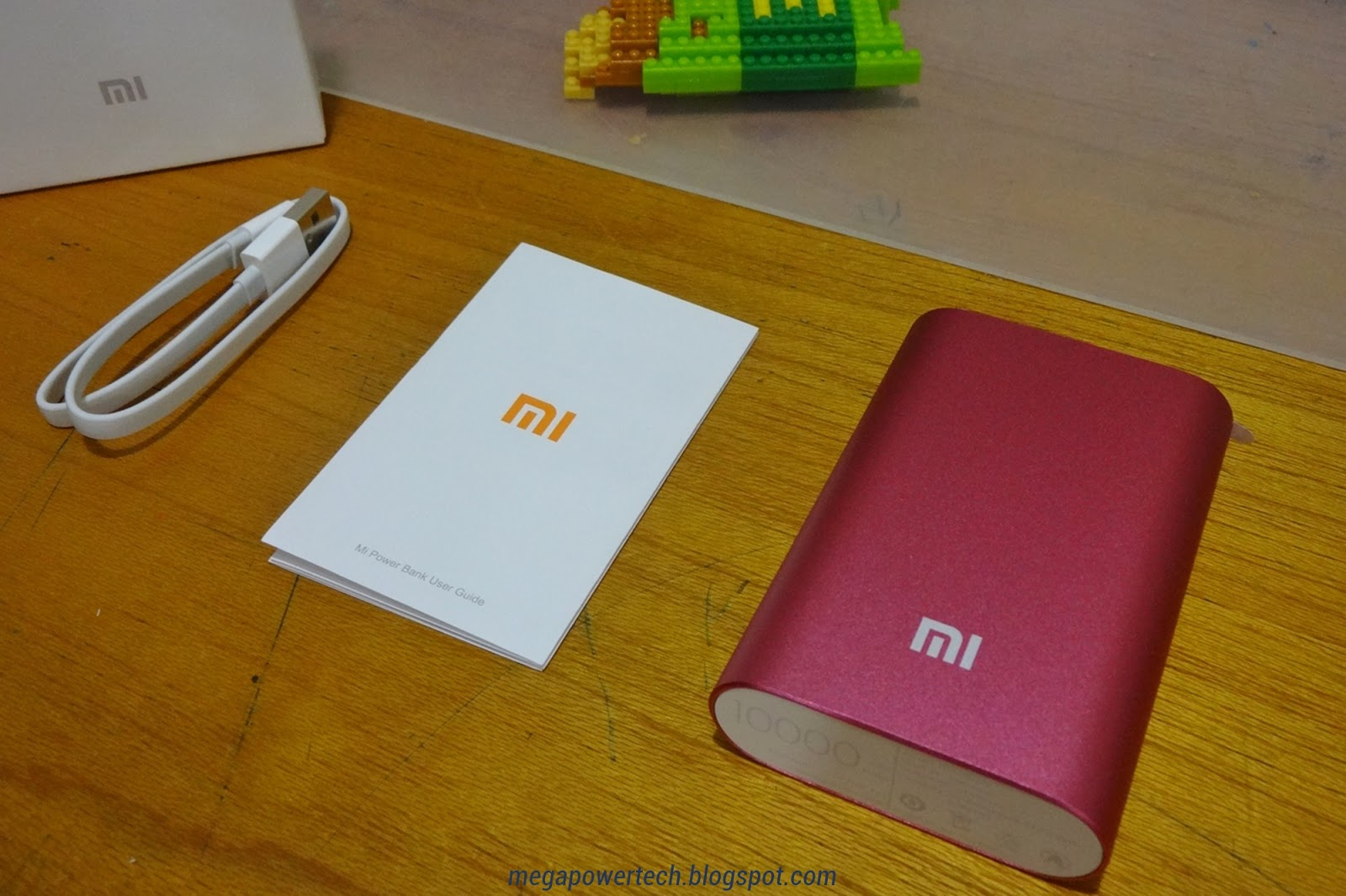 xiaomi-mi-power-bank-10000-mah-red-unboxing